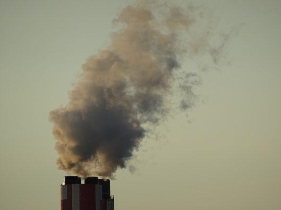 dym z kominów
